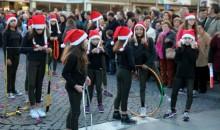 Ginásio marcou presença na Parada de Natal promovida pela ACIST